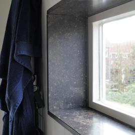 vensterbank natuursteen donkergrijs
