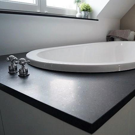 basalt badomranding schoot atuursteen